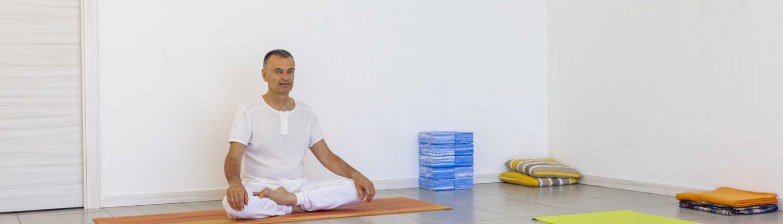 praticare yoga, yoga